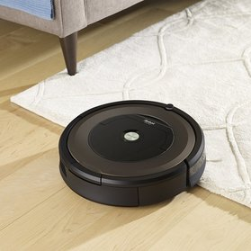 Roomba 890 in Action